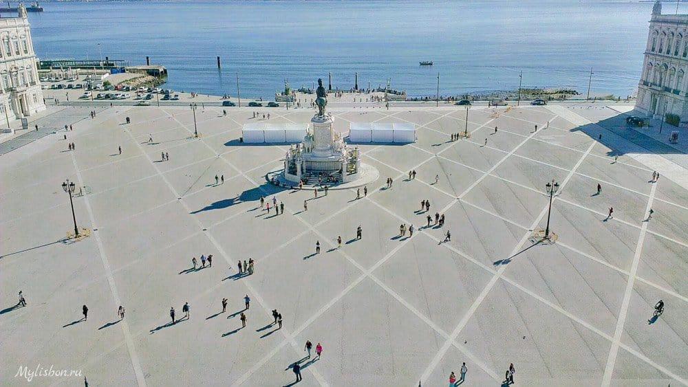 Праса ду Комерсиу - Дворцовая площадь в Лиссабоне