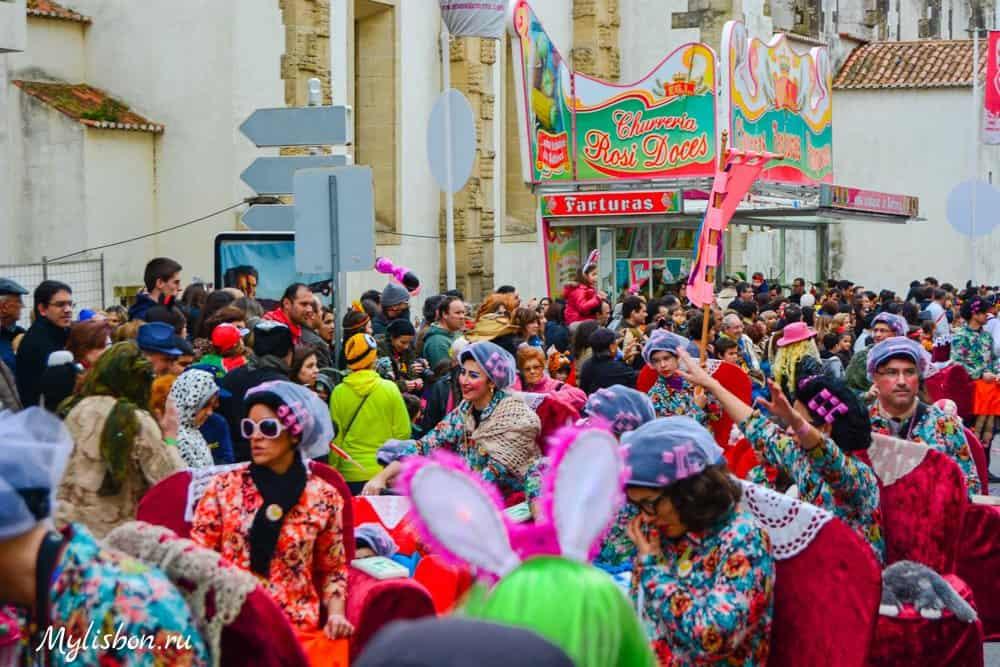Карнавал в Торреш Ведраш