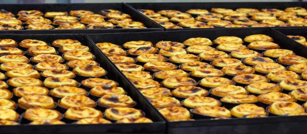 Знаменитое пирожное Паштел де Ната